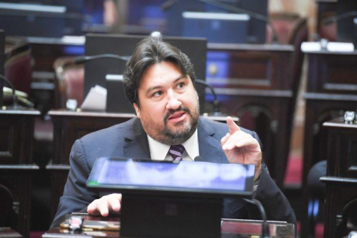 El senador Maurice Closs presentó un proyecto para declarar la emergencia turística