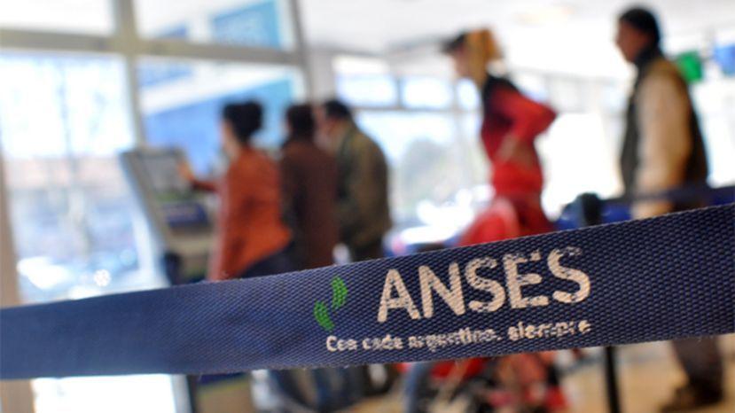 Denuncian estafas a beneficiarios de ANSES