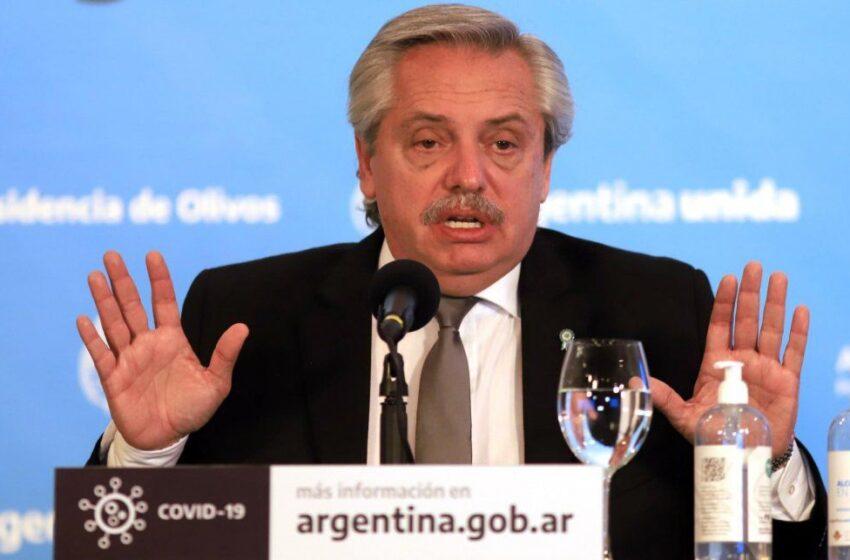 Fernández anunció que el viernes caducan permisos de transporte y abogó por restringir circulación