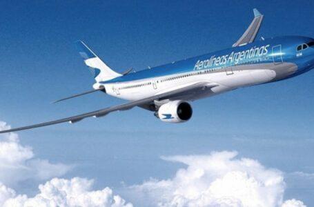 Marcha atrás de los vuelos de cabotaje para septiembre e incertidumbre en el sector empresarial local