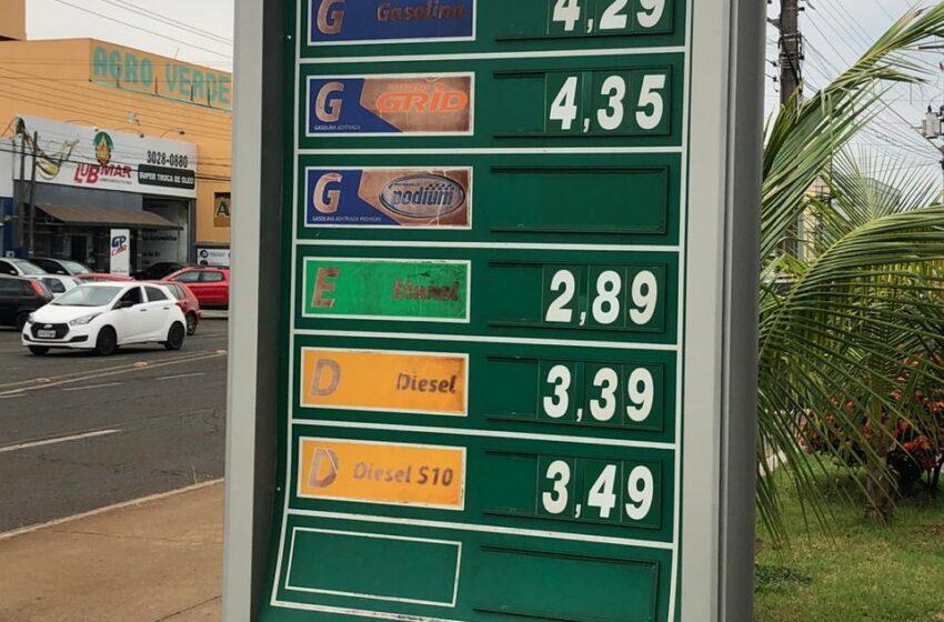 Si hoy estuviera la Triple Frontera abierta, ¿Dónde conviene comprar combustible?