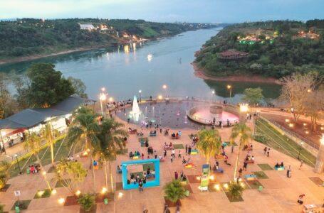 """""""Este Festival Internacional del Chamamé de las 3 Fronteras vino para quedarse en Iguazú"""", expresó la Subsecretaria Laura Lagable"""