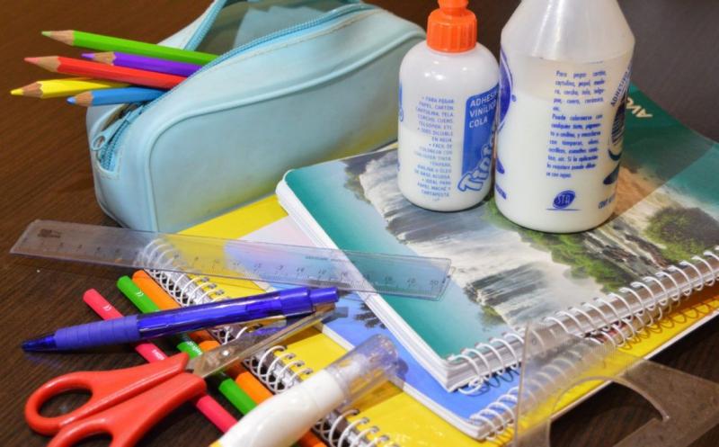 La canasta escolar aumentó un 48% en referencia al 2020