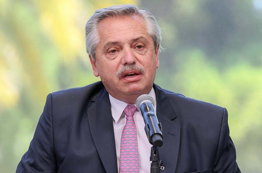 Alberto Fernández llega a México para participar de la conmemoración de los 200 años de su Independencia