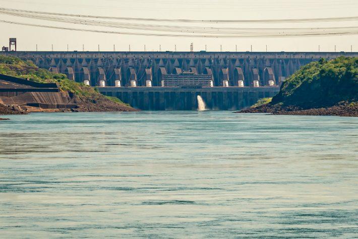 Itaipú concluye el operativo especial para elevar el nivel del río Paraná
