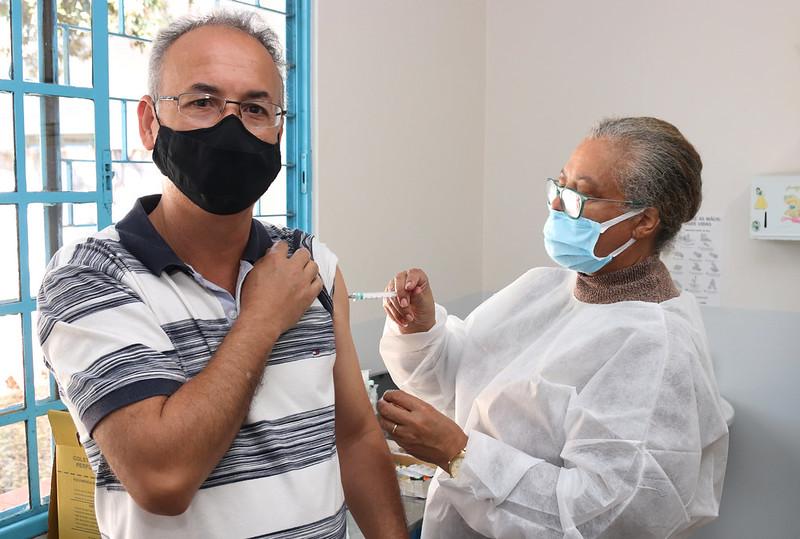 El 51% de los vecinos de Foz ya recibió la primera dosis de la vacuna contra el covid