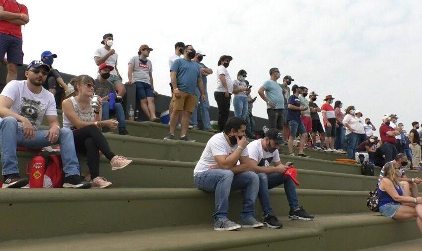 Con espectadores de Chaco, Corrientes, Santa Fe y Misiones, el Turismo Carretera vibró en Posadas