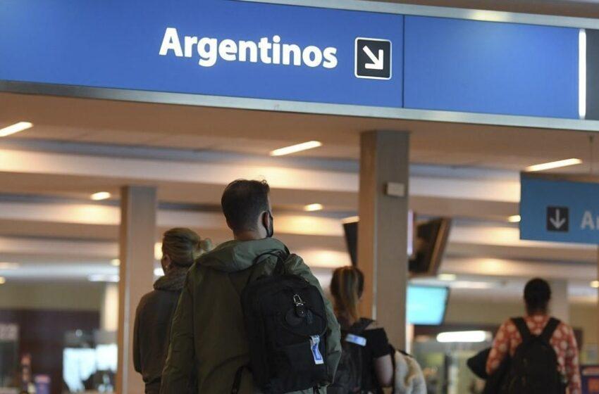 Desde este martes se eliminan los cupos de ingreso a Argentina para el transporte aéreo
